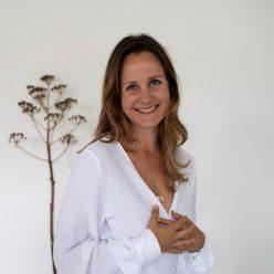 Britta Waechter - One Day Retreat